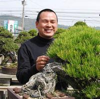 Yoichi Nakanishi(Nakanishi Chinshoen bonsai garden)