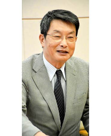 浜田知事を表敬訪問したシンガポール県人会の小松会長